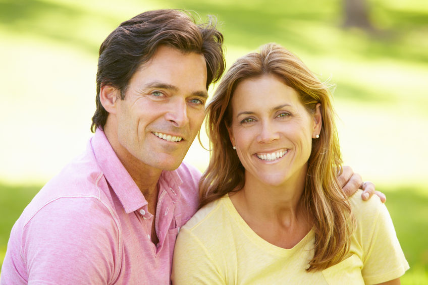 Why Both Men and Women Need Hormone Replacement Therapy in Middle Age